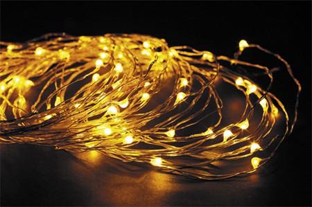 LED vánoční řetěz KAPKY 100 LED délka 10 m, IP44 pro venkovní i vnitřní použití