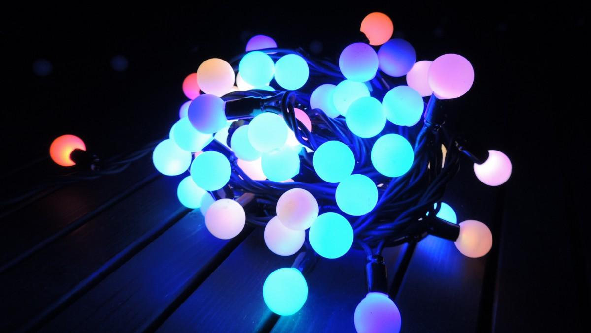 LED vánoční řetěz KULIČKY LED DR LED délka 10 m, IP44 pro venkovní i vnitřní použití