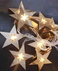 Světelný LED řetěz s dřevěnými hvězdami 33787