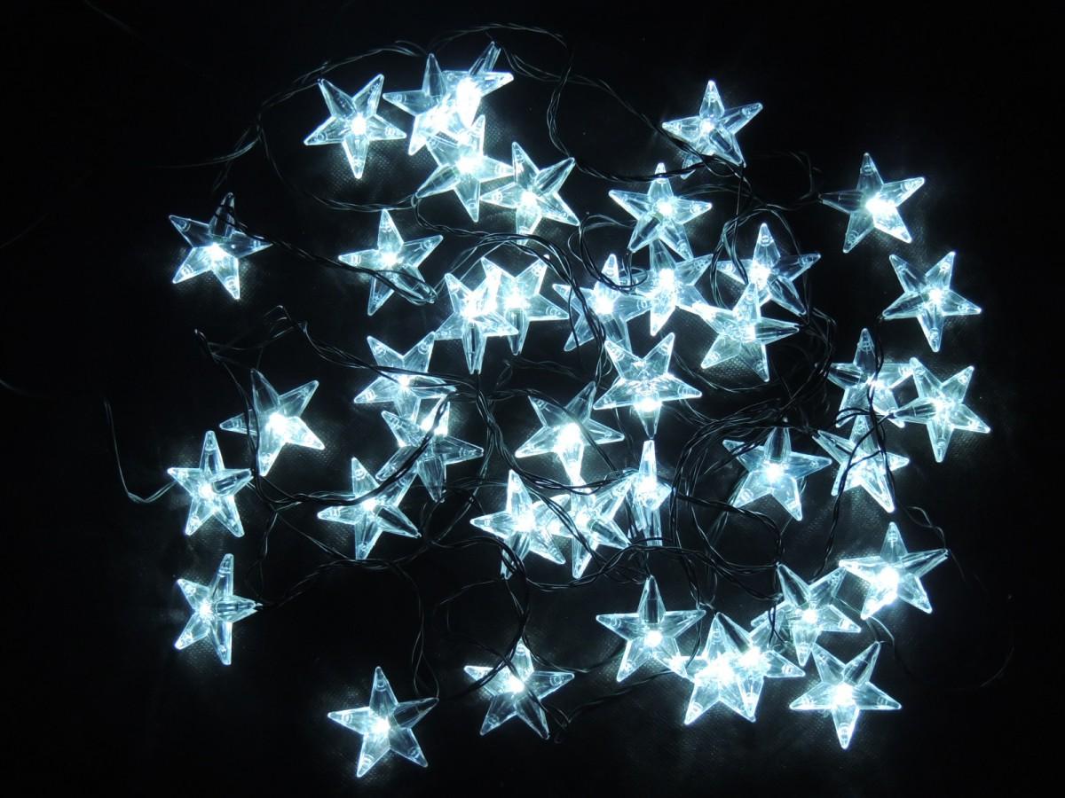 LED vánoční řetěz – hvězdy – studená bílá 31844 délka 6 m, IP44 pro venkovní i vnitřní použití